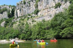 Kanotur på Chassezac-floden