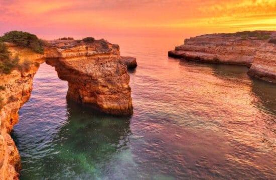 Bil- og vandreferie til Algarve